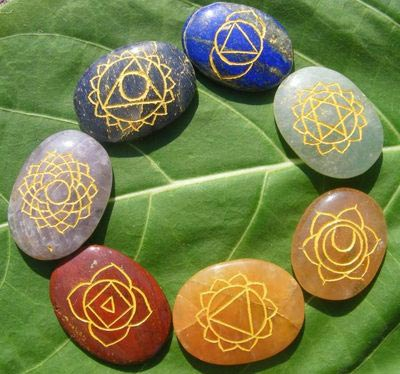 Какая магия присуща камню кварц