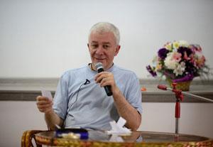 Александр Хакимов. Одиночество вдвоём или счастье отношений
