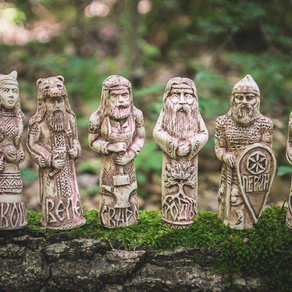 Кумиры Родных Богов