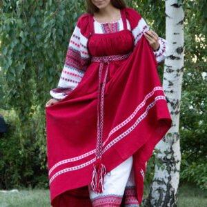 Русский народный костюм алый