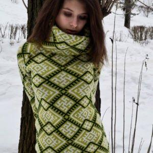 sviter-s-vorotom-zelenyj-zhenskij-0530-2