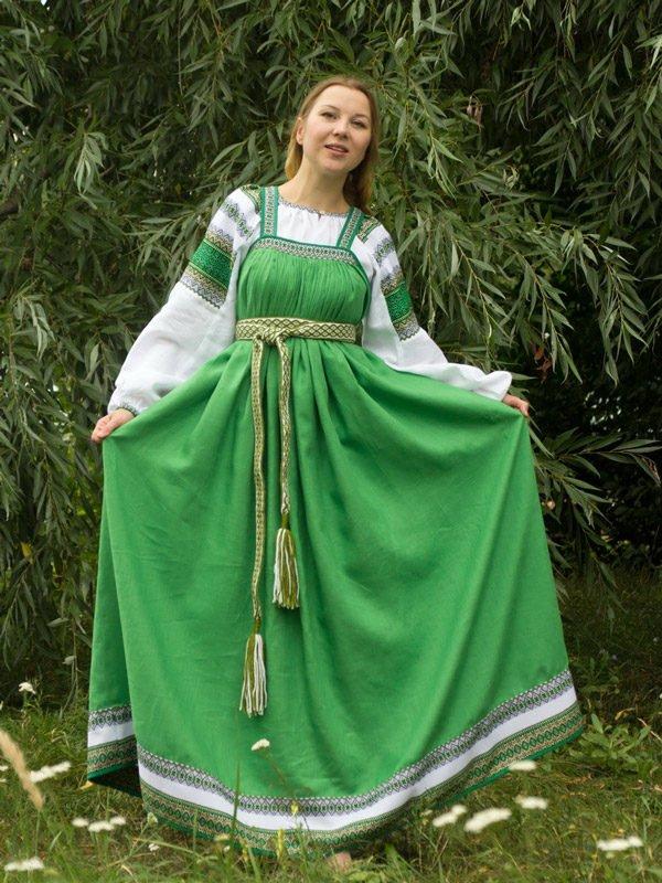 Русский народный костюм зелёный