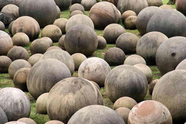 Шары Коста-Рики - мячи Богов